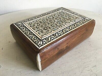 Lovely Vintage Marquetry Mother Of Pearl Inlaid Geometric Wooden Box