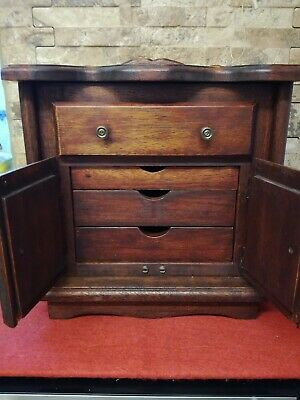 Vintage wooden musical jewellery box/Cabinet