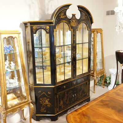 Stunning Chinoiserie China Cabinet Breakfront with LED lights in Piano black
