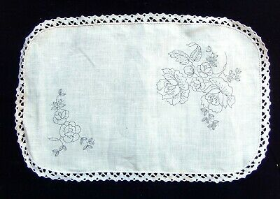 Semco Embroidery Traced Linen - Table Centre