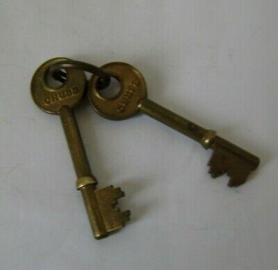 vintage chubb two brass security lock latch keys pre cut excellent quality