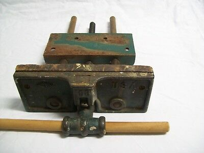 Superb Vintage Woodworking Under Work Bench Vise Cast Iron Beatyapartments Chair Design Images Beatyapartmentscom