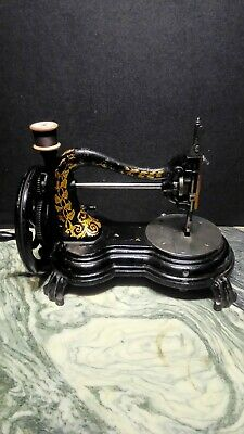 Antique Serpentine Neck Jones Sewing Machine. Fiddle Base. Cat Back. Swans Neck.