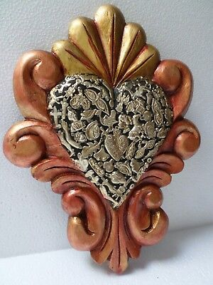 Mexican Folk Art Wood Wall Plaque Milagro Ex Voto Charm Heart Painted 12x9