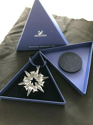 Swarovski Crystal Christmas Large Ornament Annual Edition 2007