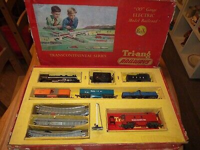 Vintage, 00, Triang R8X Electric Train Set Boxed & Complete, American 4-6-2 Loco