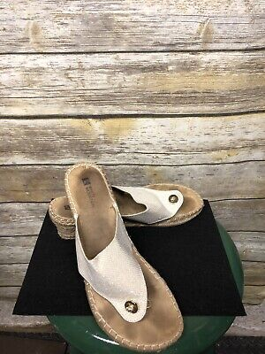 85b6121d0f15 Women s White Mountain All Good Beige Sparkle Thong Wedge Sandals Size 10  Used