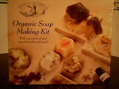Organic Soap Making Kit With Essential Oil And Natural Seeds And Petals