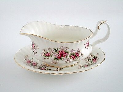 Royal Albert England Lavender Rose China Gravy Boat With Saucer