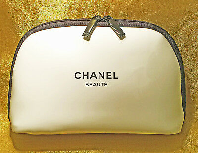 4d69eeca0f2b CHANEL BEAUTE COSMETIC MAKEUP BAG WHITE BLACK CASE CC Logo LIMITED EDITION  RARE