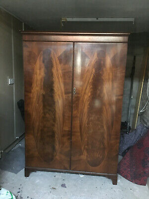 Edwardian Antique Wardrobe (can be dismantled)