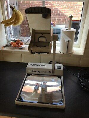 Niceday Overhead Projector with case and two spare bulbs