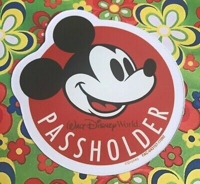 Walt Disney World Annual Passholder MICKEY MOUSE MAGNET Souvenir Safe Replica