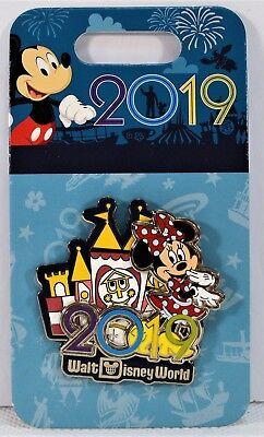 Walt Disney Parks Exclusive 2019 Minnie & Small World Attraction 3-D Pin NEW