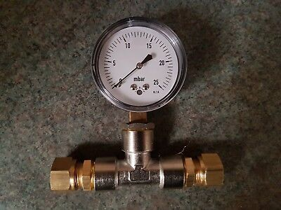 Natural gas kiln pressure gauge assembly