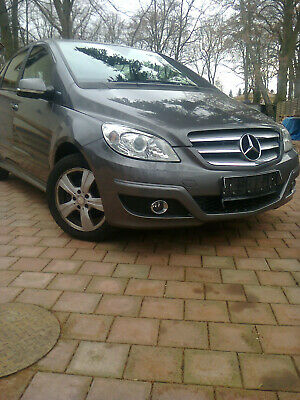 Mercedes Benz B 180 Blueefficiency, Baujahr 2009 TÜV / AU neu