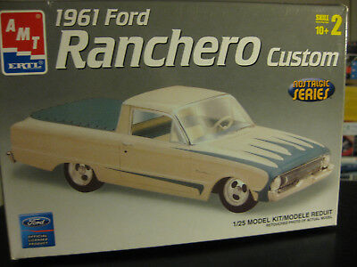 Amt Kit Of A 1961 Ford Ranchero Custom 1/25 Scale Skill Level 2 Nostalgic Series