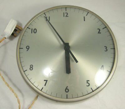 Vintage Industrial Silver / Grey Metal Wall Clock 60s Gents 250V Electric School