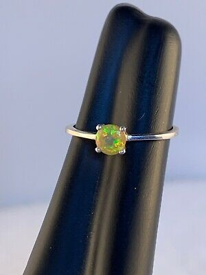 925 Silver Ring with A Yellow Crystal