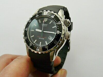 Vintage Casio Wr 200M Super Illuminator Mens Quartz Divers Wristwatch Vgc