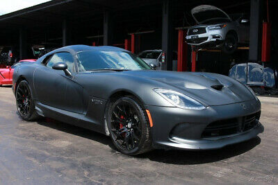 2017 Dodge Viper GTC 2dr Coupe 2017 Dodge Viper GTC 2dr Coupe salvage,Damaged, wrecked,rebuild, reparable