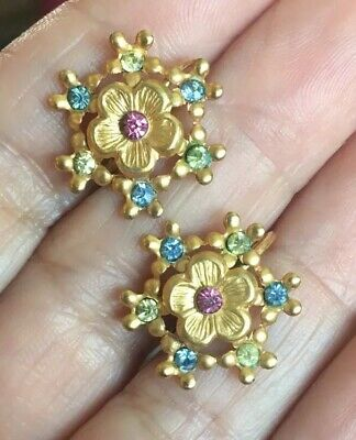 Charming Vtg Antique Style Pressed Brass Pastel Rhinestone Gold Filigree Earring