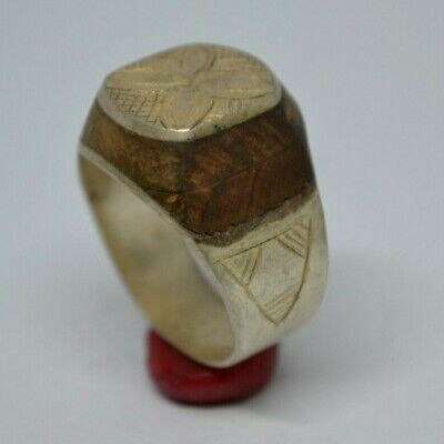 Stunning (Post) Medieval SILVER Ring With Green Glass  Stone On Bezel - Wearable