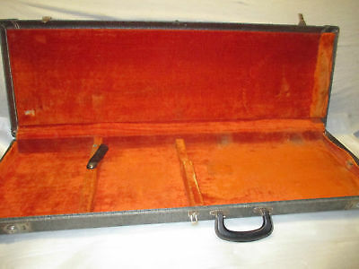 1965 FENDER MUSTANG / DUO SONIC / MUSIC MASTER CASE - made in USA
