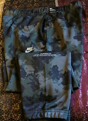 fde4b3f456 NIKE SPORTSWEAR AIR Max Digital Camo Joggers Pants Tapered Black ...