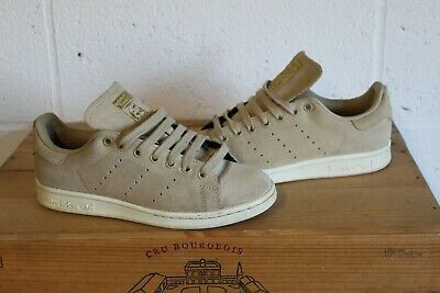 7df77187f05ac3 Ladies Men s Beige Tan Suede Adidas Stan Smith Trainers Size 5 Good Worn Con