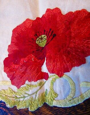 VTG Antique A&C Stickley-Era Bungalow Embroidered Table Round Red Poppies