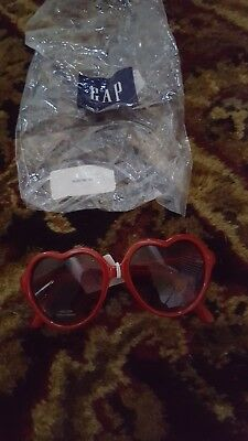 2260123d2e1a NWT New Baby Gap Girl Red Heart Sunglasses