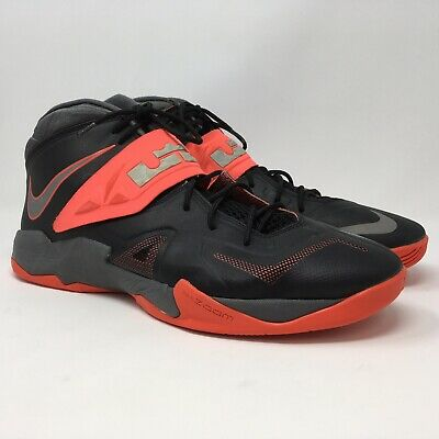 0a352399a400 NIKE Mens Zoom Soldier VII 599264 003 Lebron Black Red Basketball Shoes  Size 13