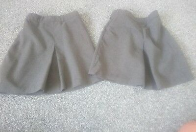 2 X Girls Grey School Skirts Age 3-4 Years In Great Condition
