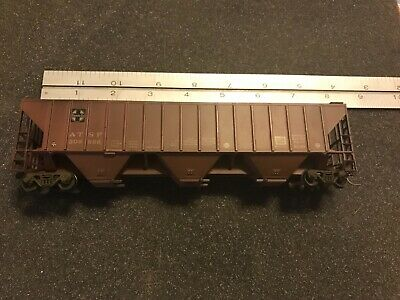 Vintage Walthers HO Model Train Covered 3 Bay Hopper Santa Fe ATSF 309886