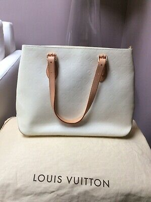 Auth LOUIS VUITTON Vernis Brentwood M91512 Tote Bag Ivory Patent Leather BA2314