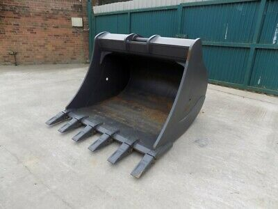 Miller Scoop 70  Inch Bucket With Teeth On 90 Mm Pins /Free Uk Delivery Included