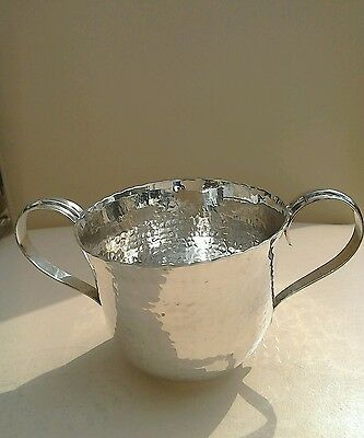 ANTIQUE SILVER TWIN HANDLE ARTS & CRAFTS HAMMERED CUP BIRMINGHAM 1908c