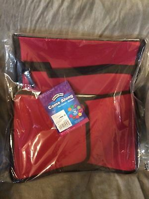 """New Super Pet Come Along Carrier, Size Medium in Red 13.5 L x 9"""" W x 8"""" H"""