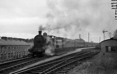 PHOTO GNR(I) Great Northern Railway (Ireland) Steam Locomotive 192 in 1955 Omagh