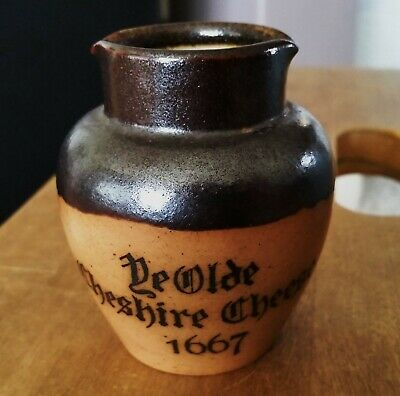 J Stiff & Sons London Ye Olde Cheshire Cheese 1667 pot excellent condition