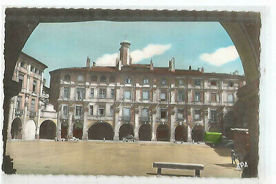 82 Montauban , Place Nationale