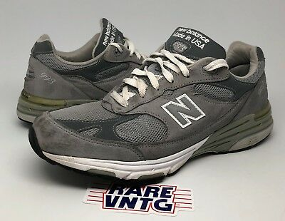 quality design 80e56 6c146 New Balance Men s Classic 993 Running Shoes Sneakers Grey Size ...