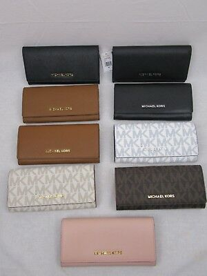 637f395c0b Michael Kors Jet Set Viaggio Pattina PVC o pelle Carry All Portafogli