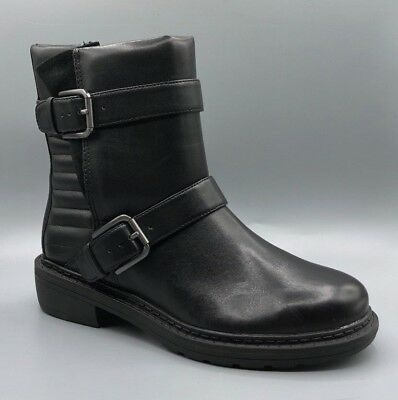 299532279a1 NEW CLARKS