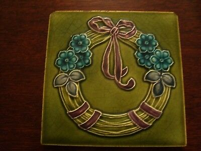 Art Nouveau Relief Moulded & Tubelined Flower Garland with ribbon Tile  19/54