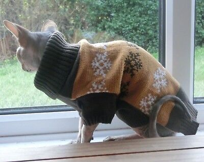 BROWN Christmas jumper, winter Sphynx cat clothes, Sphynx sweater, Hairless cat