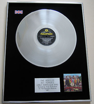 THE BEATLES Sgt Pepper's Lonely Hearts Club Band PLATINUM LP Disc Presentation