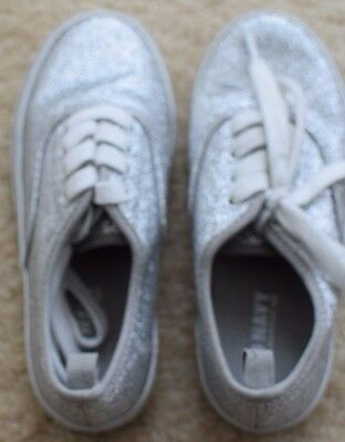 New Girls OLD NAVY Gray Silver Glittery Sparkly Lace-Up Tennis Shoes Sneakers 12