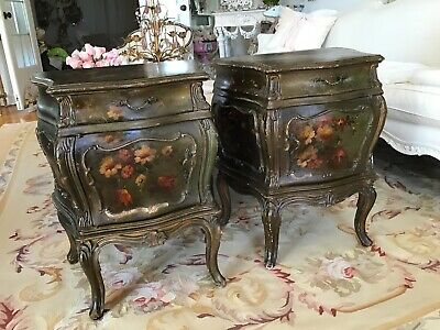 Pair antique Hand Painted French louis Bombay Carved Nightstands End Tables vtg